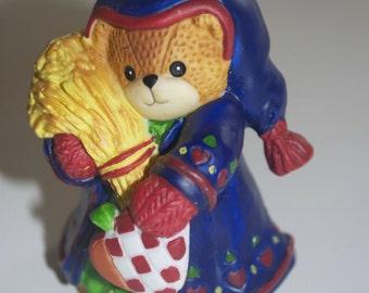 Lucy Rigg Enesco Teddy Bear Figurine Lucy & Me Heart 1996 Valentines