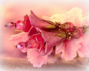 Lucite Earrings, Flower Earrings, Victorian Earrings, Hand Painted Earrings, Bridal Earrings, Handmade Earrings, Boho Earrings, Floral