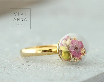 16k gold ring with real flowers | R108