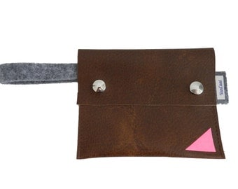 Pouch/than a wallet Brown with Pink Triangle