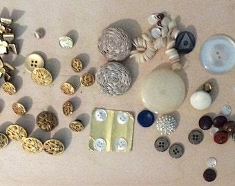 Vintage metal brass buttons Eagles big variety crafts scrapbooking