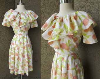 50s White w/ Orange & Yellow Zinnias Pleats Pin Up Full Skirt Ruffle Bodice Sz S
