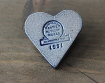 RARE Vintage 1991 Rowe Pottery Works Heart Pin Brooch