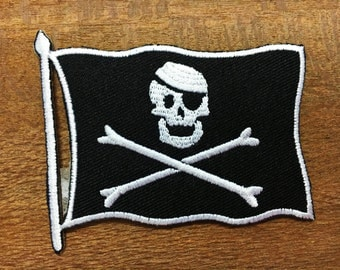 New Skull Crossbones Pirate Flag Biker Embroidered Iron on Patch