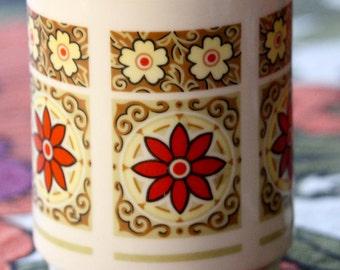 Vintage 1960's Flower Mug