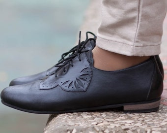 Carmen, Black Leather Oxford Shoes, Leather Oxfords, Black Shoes, Leather Flats, Flat Shoes, Winter Shoes, Closed Shoes , Free Shipping