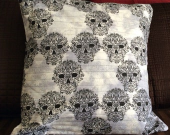 Halloween Skull quilted Pillow cover