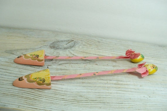 Vintage Shoe Forms Stretchers Shapers Stays Hand Decorated Pink Ladies 2 Pc 1950s