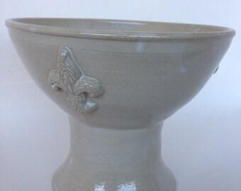 Cream Fleur De Lis Pedestal Pottery Bowl