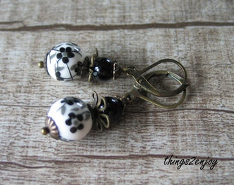 Earrings-porcelain bead with floral motif