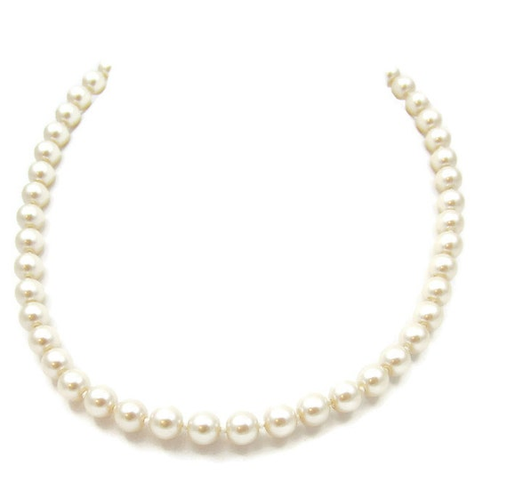 Single Strand Pearl Necklace: Avon Pearls 18 Inches Champagne Single Strand Pearl Necklace 8