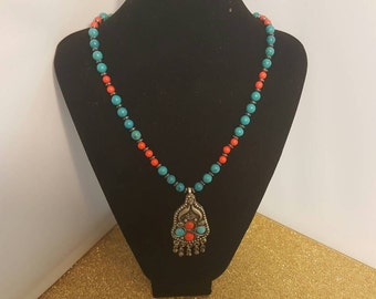 Indian style necklace. 240