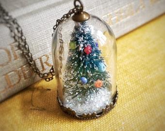 Christmas Tree Necklace - Holiday - Glass - Mori Girl - Real - Natural - Statice - Woodland - Fairy - Garden - Snow - Terrarium - Botanical