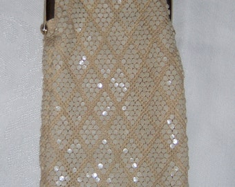 Vintage accessories bag with sequence, kiss-lock closure