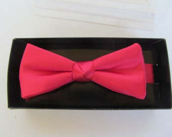 Vinage Bow Tie - Red color Tie - Tuxedo Tie - Formal Wear