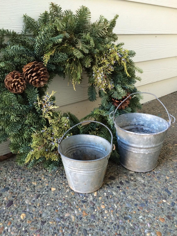 Vintage galvanized small buckets metal pails set of 2 for Galvanized metal buckets small
