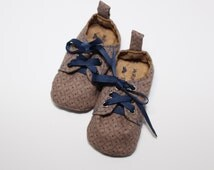 Baby soft soled oxford style shoes in brown and navy. Baby to toddler lace up boys shoes, versatile colours, special occasion booties.