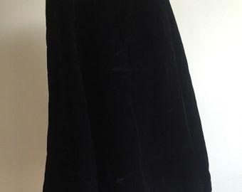 Black VELVET Cape Swinging Velour Four Velvet Buttons Row Size Medium Vintage Evening Cape
