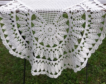 Vintage cream white crocheted doily