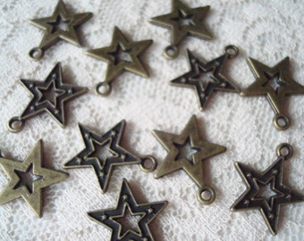 SALE !  30 Antique Bronze Star Charms. 18x16x2mm Ornate Open Center. Make Lovely Star Dangles.   ~USPS Ship Rates from Oregon
