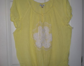 Womens top with vintage accents