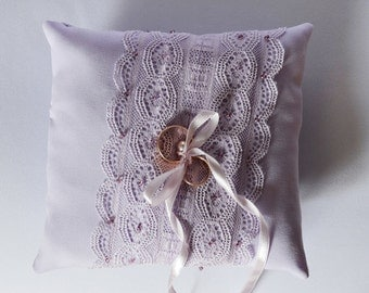 Wedding ring pillow, lilac lace ring pillow, wedding accessory, ring pillow, ring bearer pillow, wedding ceremony pillow, elegant pillow