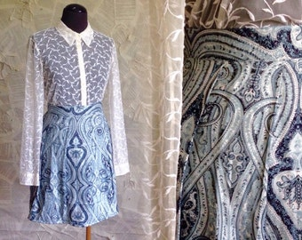90s Vintage Blue Paisley Mini skirt | pleated | pockets