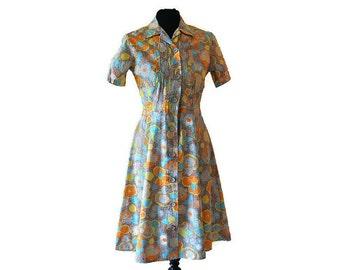 """Brown Dress Vintage 1950s Shirtwaist Dress // Floral Print Dress // Waist 30"""""""