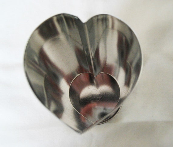 Pampered chef bread tube heart shaped for Canape bread tubes