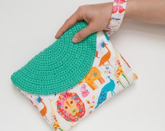 Summer wristlet for her, zoo geometric fabric, wristlet bag with changeable crochet flap, mod. Crasty Flap/ Alfa