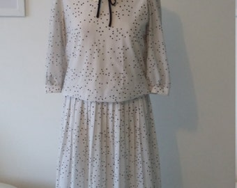 Vintage white and black dress lace collar teacher dress