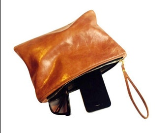 Handmade soft tan leather clutch.(4)