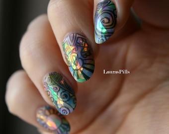 Iridescent false nails! Rainbow tribe nails! shattered glass fake nails! Set of 18 nails
