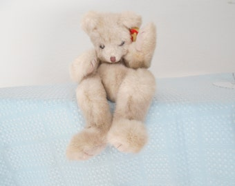 """SALE! Rare! Ty Plush Sally Winey """"Cuzzy""""/Signed by Designer on Foot and Hang Tag/Mint Condition! /FREE SHIP!/Fully Jointed Bear!"""