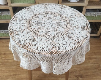 110CM Round crocheted tablecloth, vintage style table cover, chic pattern table topper in handmade ~ White and Beige Color available
