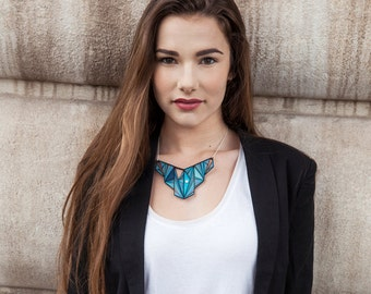 Necklace - Graphic necklace - Geometrical necklace - Blue necklace - Gros collier - graphic - girl - Plastron - modern - Kathleen Bellonde