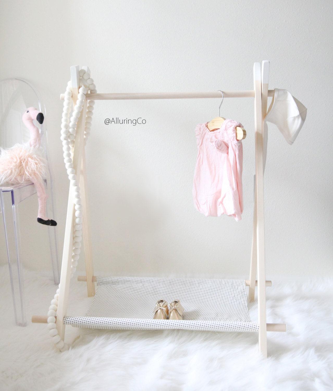 mini children 39 s clothing rack mini black dots on white. Black Bedroom Furniture Sets. Home Design Ideas