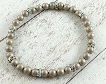Shell Pearl Bracelet - Stretch Bracelet - Pearl Beaded Bracelet - Wedding Bracelet - Bridal Jewelry - Pearl Jewelry - Bridesmaid Gift