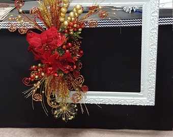 Antique Picture Frame Wreath