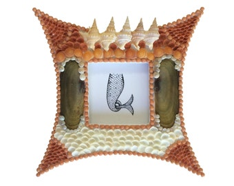 Brown Seashell Frame Sailor's Valentine Style