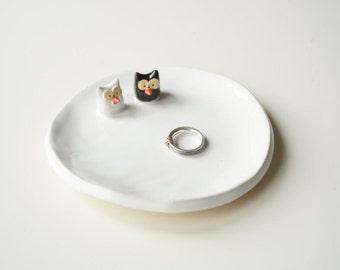 Wedding Ring Holder, Rustic Ring Holder, Wedding Gift, Wedding Decor, Ceramic Plate, Owl Plate