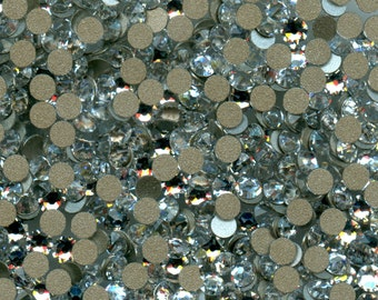 2058/SS7/C*** 50 Swarovski rhinestones flat back 2,2mm crystal foiled