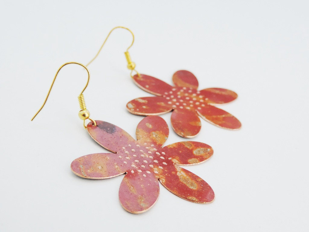 Galerry colored flower earrings