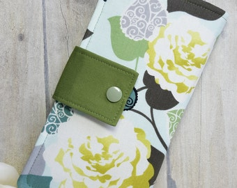 Womens wallet in Greens and Yellows, Handmade wallet, Fabric wallet, Bifold wallet, clutch wallet, credit card wallet, checkbook wallet