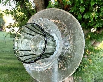 Vintage Glass Flower Suncatcher. Free shipping!