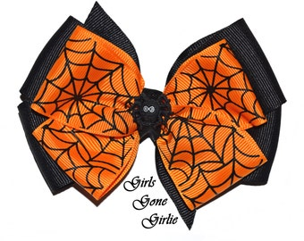 Halloween hair bow , Halloween spider bow , black and orange spiderweb bow , baby Halloween hairbow , toddler Halloween bow , pinwheel bow
