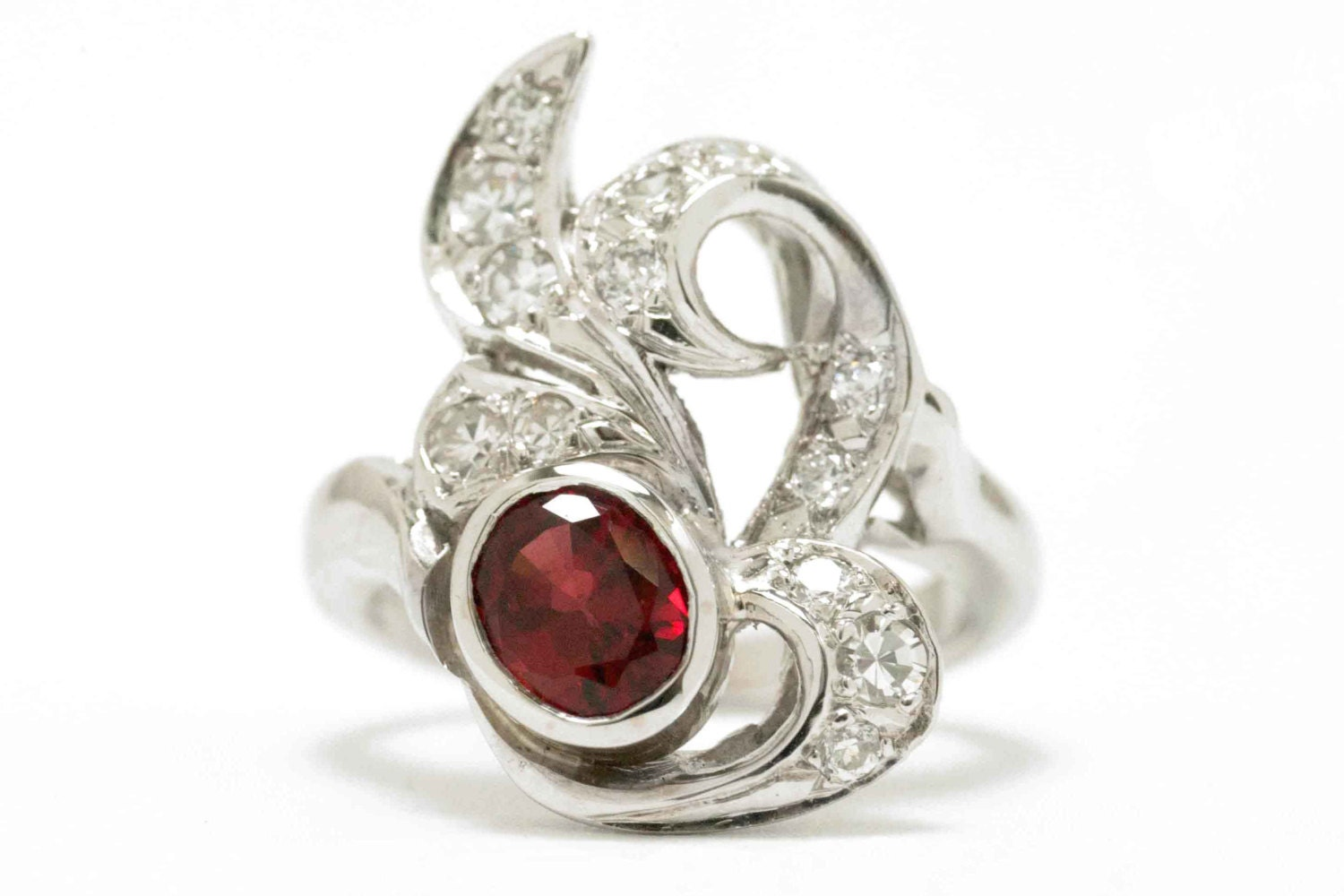 ruby vintage engagement ring deco white gold antique