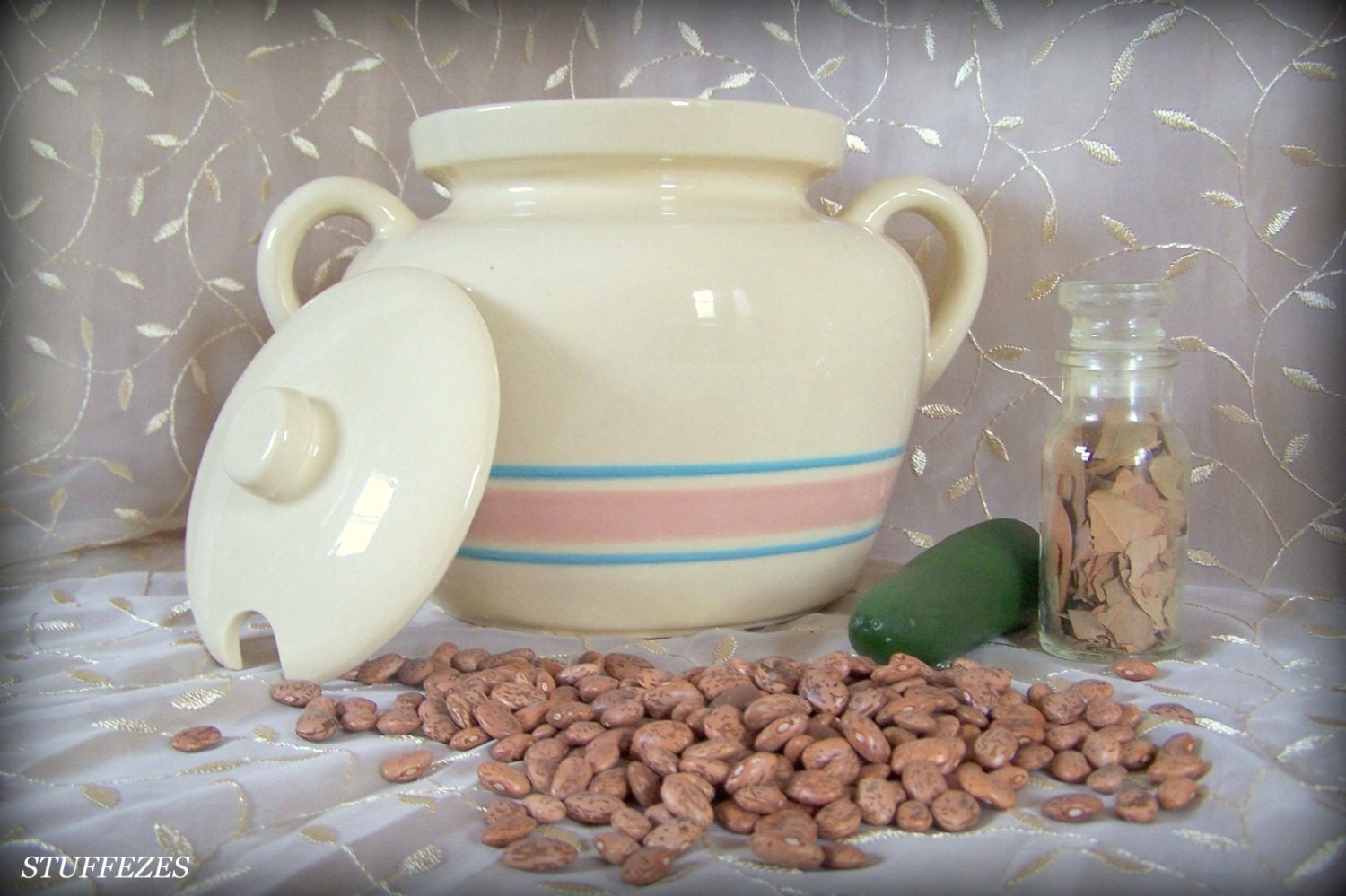 Mccoy 342 Bean Pot Vintage Pottery Bean Pot Lidded Bean Pot
