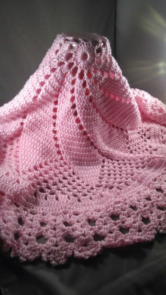 Free Pinwheel Crochet Baby Blanket Pattern : Pinwheel Swirl Crochet Light Pink Baby Blanket