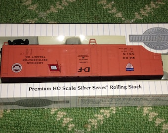 Bachman Silver Series Rolling Stock HO Scale American Refrigerator Transit Co.